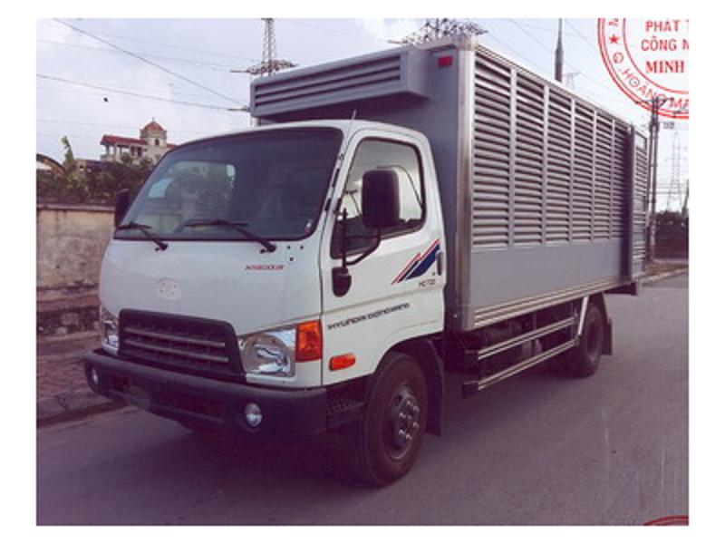 xe-cho-gia-cam-hyundai-hd700