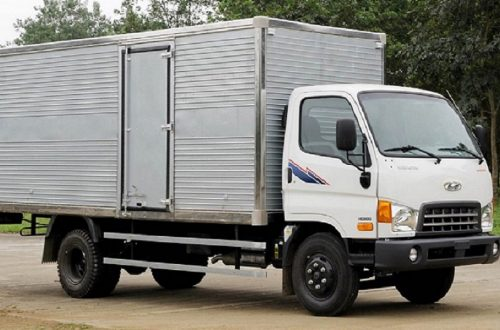 xe-tai-8-tan-hyundai-hd800-thung-kin
