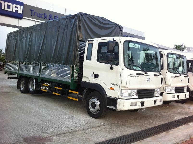 Hyundai-hd210-thùng-mui-bạt-1