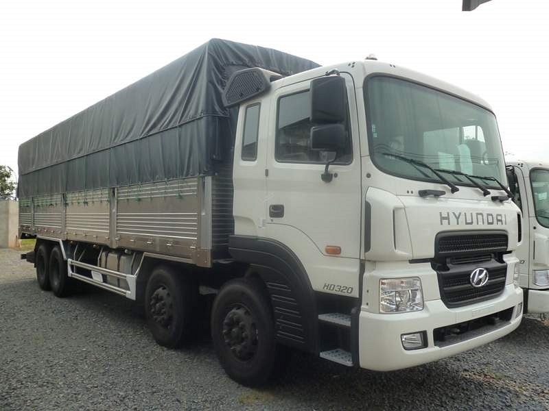 hyundai-hd320-thung-mui-bat-17-9-tan