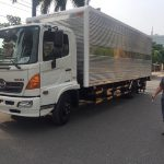 HINO FC9JNTC 6 TẤN THÙNG KÍN